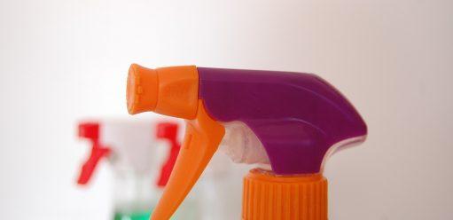 Czystość włazience – mycie płytek łazienkowych