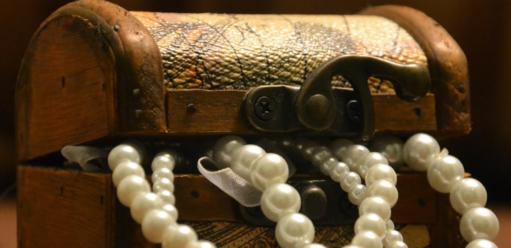 Kilka pomysłów naprzechowywanie biżuterii