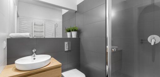 Jak urządzić małą łazienkę – kompletny poradnik