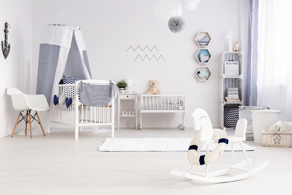 Kilka wskazówek, jak urządzić wesoły, funkcjonalny iładny pokój dla dziecka