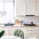 Biała kuchnia – jak nadać jej charakteru?