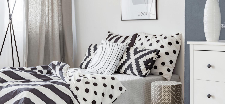Stylowa i przytulna sypialnia w bloku – pomysły i inspiracje