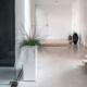 Duże szafy doprzedpokoju – pomysł naaranżację przedpokoju wbloku