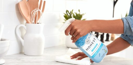 Naturalne środki czyszczące – jak dbać ośrodowisko iporządek?