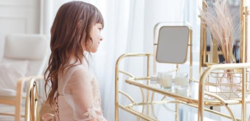 Nietuzinkowe idesignerskie toaletki – pomysłowe rozwiązania