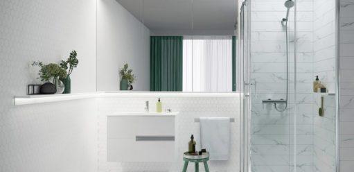 Kabiny prysznicowe zbrodzikiem czybez? Naktóre rozwiązanie warto się zdecydować?