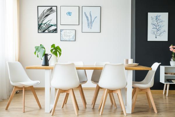 Stół ikrzesła dojadalni – zjakiego tworzywa wybrać meble?