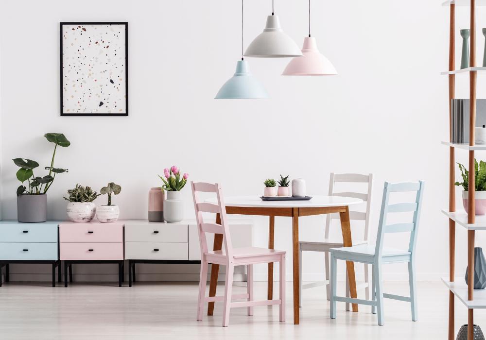 Jaki wybrać kształt drewnianego stołu dojadalni wbloku?