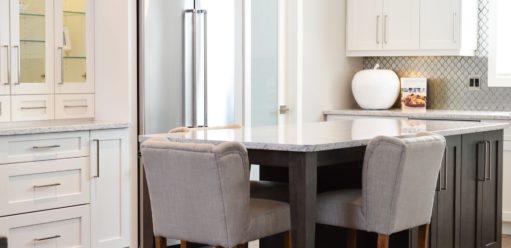 Nowoczesne krzesła dosalonu połączonego zjadalnią – jak wybrać najlepsze?