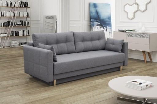 szara mała sofa