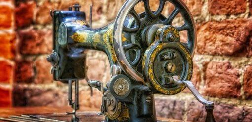 Maszyny doszycia dla początkujących. Które funkcje będą najważniejsze?