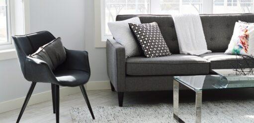 Sofa zwbudowanym materacem – komfort ielegancja wjednym