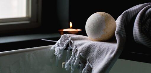 Poduszka dowanny – dla kogo ijakie cechy powinna spełniać?