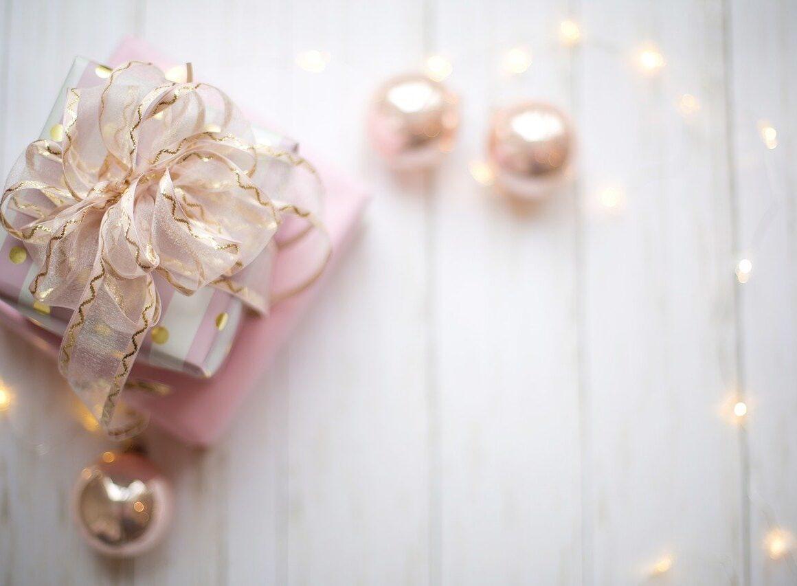 Jak zrobić ozdoby świąteczne – dekoracja świąteczna naokna, wszkle, doogrodu inastół!