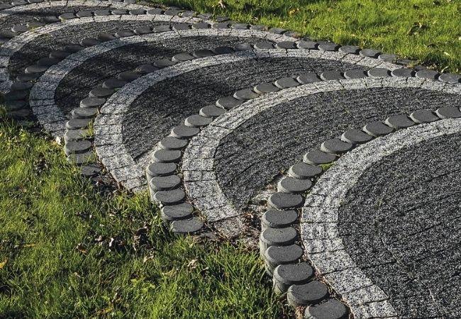 układanie palisady betonowej