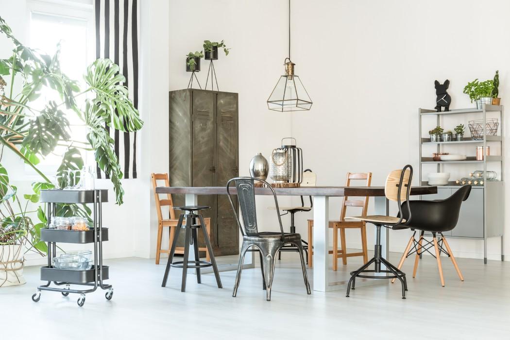 Trendy wnętrzarskie 2021 – wjakie elementy warto wyposażyć swoje mieszkanie?