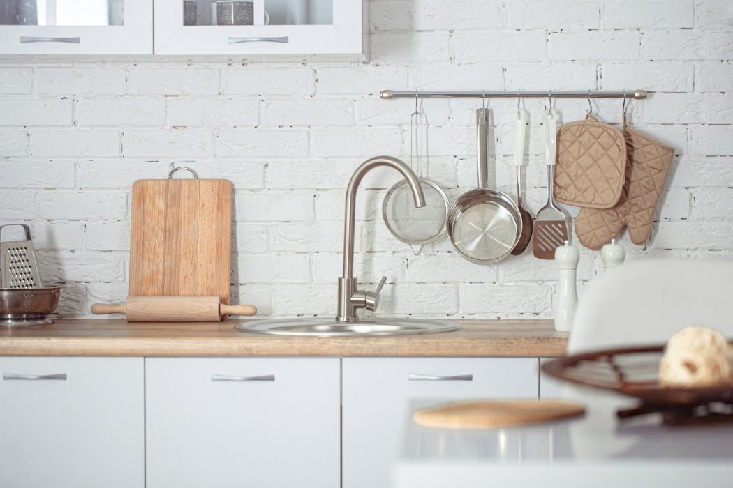 Akcesoria dokuchni, czyli jak urządzić kuchnię funkcjonalnie
