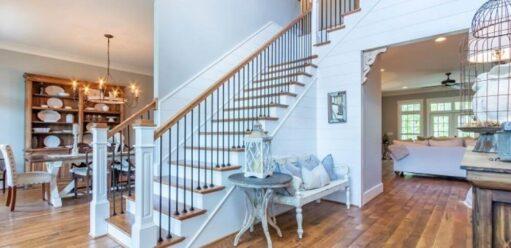 Oświetlenie schodów – wybieramy najciekawsze kinkiety